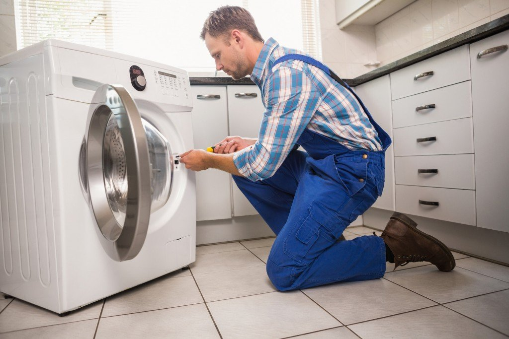 Мастер по ремонту стиральных машин 5а дому с марфино ремонт стиральных машин бош Судостроительная улица